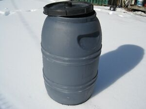 85 x Screw on lid Barrels with Screen, food grade, $50 each