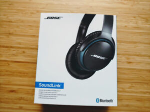 Bose SoundLink Around-Ear Headphones - $200