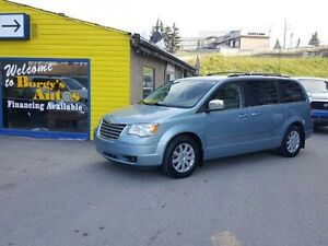 2010 Chrysler Town  Country Touring
