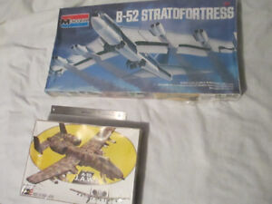 Sealed models War planes B52 Stratofortress and A10 J.A.W.S.
