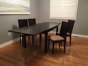 Expandable Dining Table: Espresso Brown (Like NEW)!$300