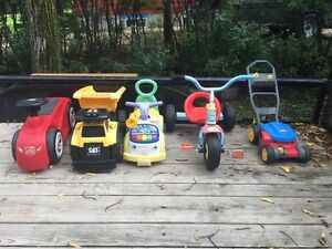 Outdoor toy lot