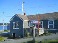 Cancellation for long weekend Cottage available !