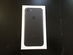 iphone 7 32GB black,UNLOCKED,PERFECT CONDITION,WARRANTY,CALL NOW