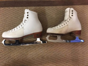 Girls Reidell Figure Skates