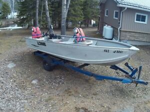 Lowe 16ft Aluminum fishing Boat