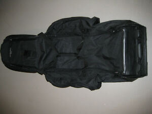 Stone Hill Golf Travel Bags