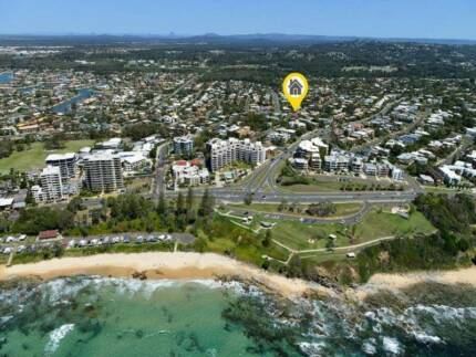 Large room for rent 5min walk from Mooloolaba beach