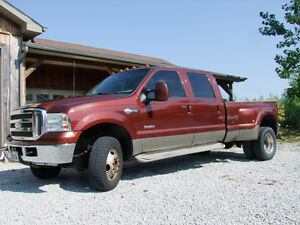 2005 Ford King Ranch Dually Pickup Truck