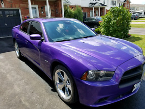 2014 RT Charger HEMI Fully loaded