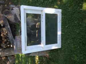 "Window double hung 30""x30"""