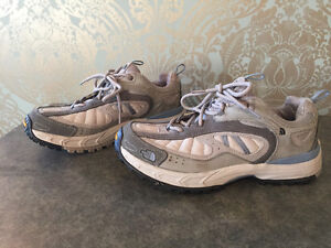 North Face woman's hiking runners size 9
