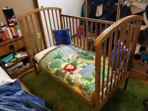 Used Crib / Bed for Sale! Only $40!
