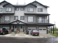 Sherwood Park 3 Bedroom Townhouse for Rent Available July 1