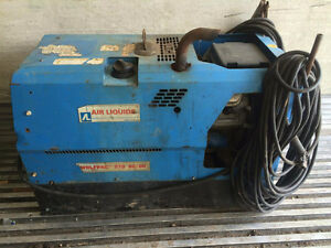 WolfPac  270 AC/DC Gas Welder, Low Hours