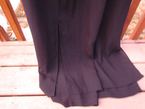 2-piece in navy-flowy pants with sleeveless top -mint-size 12/14 Strathcona County Edmonton Area image 4