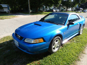 Ford Mustang 2000 Convertible V6 Certified
