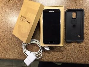Samsung Galaxy S5 with Otterbox