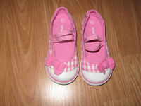 Toddler shoes for sale size 61/2