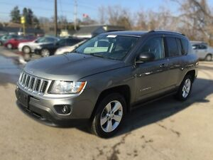 2012 JEEP COMPASS SPORT/NORTH * 4WD * LOW KM * $0 DOWN LOANS London Ontario image 2