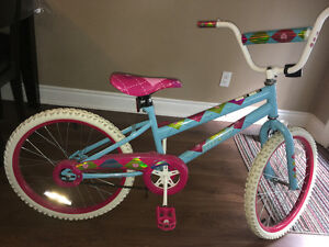EUC Girl's Huffy Bike