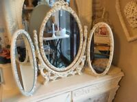 SHABBY CHIC STYLE DRESSING TABLE TRIPLE MIRROR