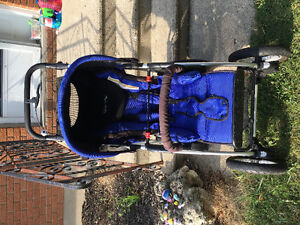Quinny 4xl stroller and car seat and base