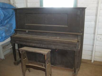 Vintage 1926 Playotone Piano - free for collection Blackall Central West Area Preview
