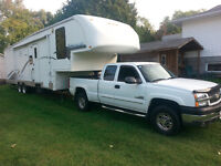 PACKAGE DEAL 2005 TITANIUM 39 FOOT TOYHAULER AND TRUCK COMBO