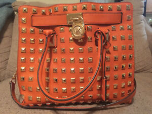 Authentic  leather Michael Kors Saffiano  Satchel purse