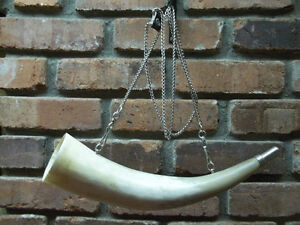 VINTAGE HUNTING HORN APPROXIMATELY 14 INCHES LONG