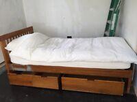 Muji single bed