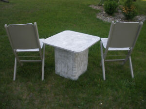3-pc Wooden Table and Retro Chair Set London Ontario image 10