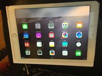 Apple IPad Air WiFi Cellular 16GB Silver Boxed
