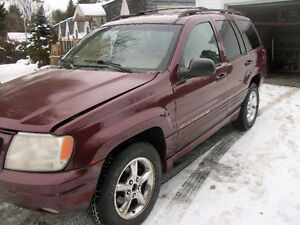1999 Jeep Grand Cherokee limited VUS  ( pièces ou route )