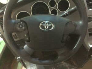 2011 Toyota Tundra partial front clip w/air bags