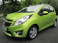 10/10 CHEVROLET SPARK 1.2 LT 5DR HATCH IN MET LIME GREEN WITH ONLY 47,000 MILES