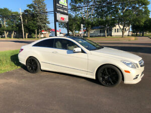 2010 Mercedes E550 Coupe**Rare Car**Financing Available*REDUCED*