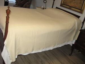 """Waratah Pure Merino Wool Blanket 84"""" X 90"""""""