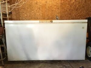 Freezer Excellent Condition Hunters and Fishermen 474-8669
