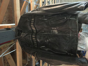 Harley Davidson leather jacket size L