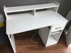 Study desk white colour with matching chair