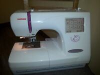 Janome Memory Craft 350E Embroidery Machine, Thread & Designs