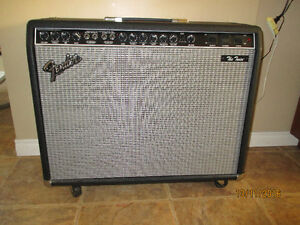 Amplificateur Fender ''the twin'' 1994