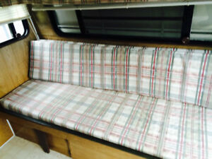 Gypsy 17 foot camper trailer, great condition!