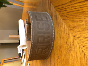 BRAND NEW old school weightlifting belt (RISE)