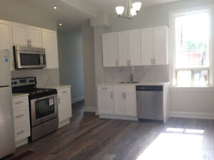 **$2,200! FULLY RENOVATED 2 BDR APT, UTILITIES INCL.! **