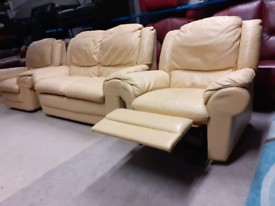 Cream Italian Leather 2 Seater Sofa and 2 Chairs (1 Recliner)