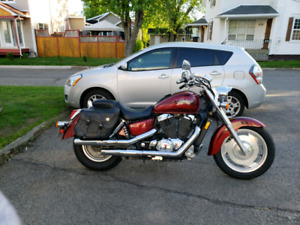 Honda Shadow Sabre 2000