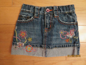 Denim skirt (2 years)